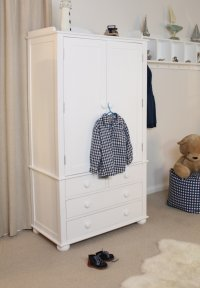 Nutkin Childrens Wardrobe Double With Drawers