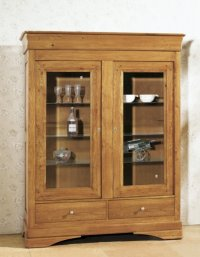 Chateau Oak 2 Door Display Cabinet