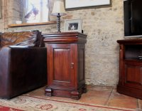 Rochester Mahogany Lamp Table / Pot Cupboard